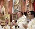 Đức TGM Giuse Vũ Văn Thiên chính thức mang dây pallium: Biểu tượng của sự hiệp nhất và sứ vụ