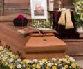 Video: Đám tang Đức Ông George Ratzinger và tâm tình khóc anh của Đức Giáo Hoàng danh dự Bênêđíctô thứ 16