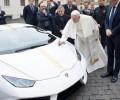 Đức Thánh Cha gửi giúp Haiti 200 ngàn Euro bán xe đấu giá