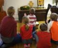 Phải làm gì khi con tuổi vị thành niên không chịu đọc kinh tối chung với gia đình?