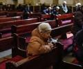 Bài ca nhập lễ quái đản, tín hữu bỏ ra khỏi nhà thờ, bị công an bắt