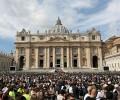 Video: Tin đặc biệt về tình trạng sức khoẻ của Đức Thánh Cha và tuần tĩnh tâm của giáo triều Rôma.